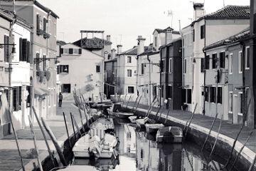 streetphotography blackandwhite black water boat