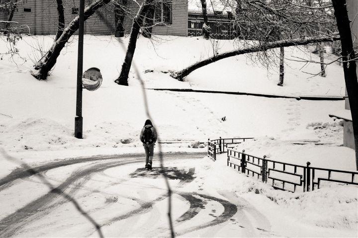 mood winter streetphotography blackandwhite